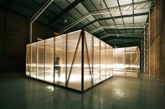 TCL architects: ephemeral boxes house puppet show TV series minutos' in santiago, chile - designboom Box Architecture, Education Architecture, Contemporary Architecture, Sustainable Architecture, Warehouse Design, Temporary Structures, Tadelakt, Steel Structure, Glass Structure