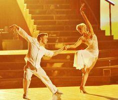 Derek Hough & Kellie Pickler.....Beautiful!