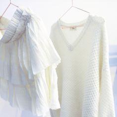 Damoy, winter white minimalism