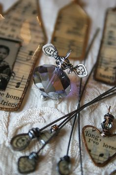 Recycled Books Resin Paper Wire Forms   Try making these beautiful pieces of art. #DiyReady www.diyready.com
