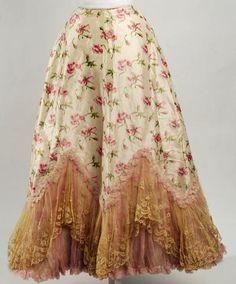 Petticoat, 1895-1898.  (via: karenleigh: bygoneyears)