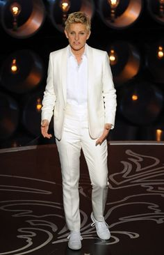 Ellen Degeneres at Oscars in fairy costume and other outfits - 3am ...