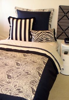 Fun+College+Dorm+Ideas | Decorate my college dorm room? - Dorm Room Bedding and Decor, Dorm ...