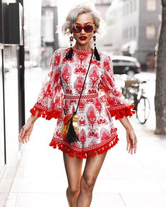 Micah Gianneli - New hair got me feeling like. Fresher & blonder than ever! Boho Fashion, Womens Fashion, Fashion Trends, Micah Gianneli, Mode Boho, Alice Mccall, Street Style, Bell Sleeves, Kimono Top