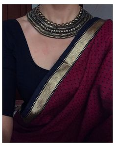 Trendy Sarees, Stylish Sarees, Black Blouse Designs, Cotton Saree Blouse Designs, Saree Jewellery, Indian Attire, Indian Outfits, Pakistani Outfits, Indian Clothes