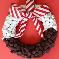 What a fun idea to make! This DIY Hot Cocoa Wreath gives a nod to a winter favorite.