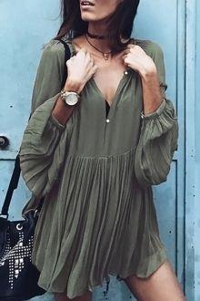 Solid Color Loose Fitting V-Neck Long Sleeves Dress