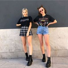 Style grunge shorts 45 ideas for 2019 Indie Outfits, Soft Grunge Outfits, Grunge Fashion Soft, Style Grunge, Style Outfits, Edgy Outfits, Retro Outfits, Vintage Outfits, Cool Outfits