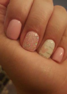 by Disney nails, pink! by Disney nails, pink! Disney Nail Designs, Acrylic Nail Designs, Nail Designs For Kids, White Nails, Pink Nails, White Glitter, Glitter Gel, Pink White, Mickey Nails