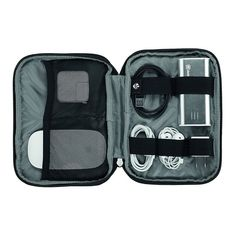 6ff766987 Keep your small travel essentials organized with an Etools Organizer Pro