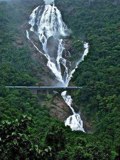 Dudhsagar waterfalls Goa - Bharat