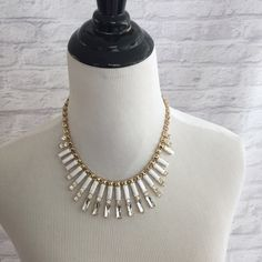 White and Gold Statement Necklace! ✨ Glamorous statement necklace! Great condition. Rarely worn and well taken care of. Clasp works perfectly! Offers welcome! Please note the small white piece missing on the right Jewelry Necklaces