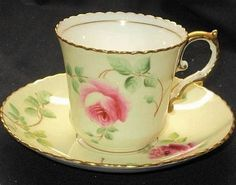 Vintage Dishes, Vintage Tea, Antique Tea Cups, Chocolate Cups, China Tea Cups, Rose Tea, My Cup Of Tea, Teller, Cup And Saucer Set