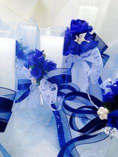 Azul . Blue . :)