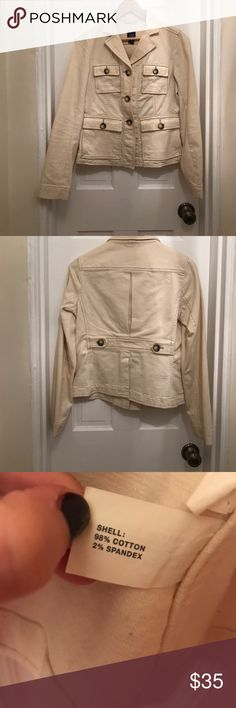 Gap Cotton Stretch Jacket GAP Corrine stretch jacket- cream color with brown/tan buttons- size 4- great to wear for a jacket in warm weather or can be worn as a blazer! GAP Jackets & Coats