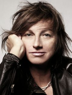 """(Gianna Nannini - Meravigliosa Creatura) Take Nena and her Red Balloons,"""" Janis Joplin-like raspy vocals, Italian song lyrics, a bunch of melody, and you'll get Gianna Nannini. Italian Actress, Italian Artist, Siena, For You Song, Annie Leibovitz, Red Balloon, Famous Singers, Janis Joplin, Pop Rocks"""