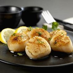 Learn how to prepare this easy Rice Cooker Buttered Scallops recipe like a pro. With a total time of only 10 minutes, you'll have a delicious dinner ready before you know it. Rice Cooker Recipes, Rice Recipes, Seafood Recipes, Low Carb Recipes, Dinner Recipes, Cooking Recipes, Easy Delicious Recipes, Yummy Food, Scallop Recipes