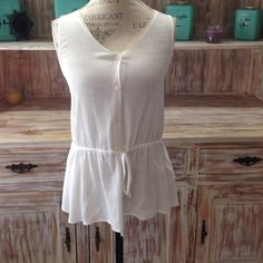 "NWOT ""Beach House"" drop-waist tunic Adorable white button-up tunic with dropwaist tie Tops Tunics"