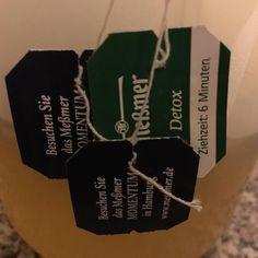 Guten Morgen ihr lieben Ich mach mir jetzt meinen Tee und dann schmeiß ich die Kinder raus Was sind eure liebsten zerstörten? Auf der Suche nach Inspiration  In meinen Tee kommt heute morgen 30-40h kokosöl und dann lasst die Woche starten #abnehmen #abnehmtagebuch #abnehmen20152016 #abnehmenohnezuhungern #change #gesund #lchf#lowcarb #leckerlecker #lowcarbhighfat #lchfdeutschland by zeecke85