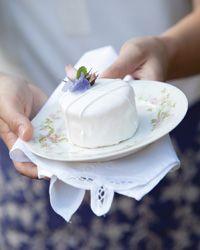 Sandra Lee - little cakes
