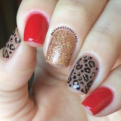 Classic leopard Nails 🐯 San Tan-Tonio and The Thrill of Brazil I herd That Aloha Nails, Diva Nails, Leopard Nails, Silver Nails, Minimalist Nails, Polka Dot Nails, Stylish Nails, Manicure And Pedicure, Toe Nails
