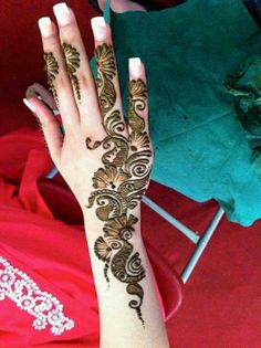 Henna Designs For Kids, Latest Arabic Mehndi Designs, Back Hand Mehndi Designs, Stylish Mehndi Designs, Mehndi Designs For Beginners, Wedding Mehndi Designs, Mehndi Designs For Fingers, Beautiful Mehndi Design, Mehndi Art Designs