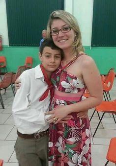 BERNARDO UGLIONE BOLDRINI  Ele só  queria abraçar e muito carinho porque já  não tinha sua mãezinha mais para o afeto