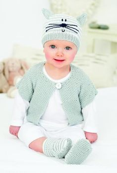 Love this little sweater set, but not the cat face on the cap.    Free knitting pattern for a baby  hat and cardigan