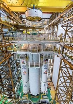 On Tuesday an Ariane 5 will launch four additional Galileo satellites into space - Here are pictures of the rocket assembly