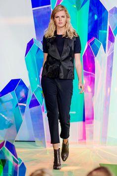 Höstmode 2015 Filippa K's höstkollektion gav Nina Bogstedt och designerteamet på Filippa K Damernas Värld Guldknappen