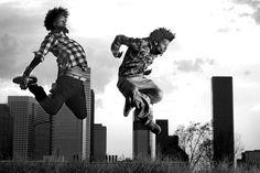 Les Twins sont deux jumeaux connue pour leur talents de danseur,il danse dans le style du hip-hop. Le hip-hop et originaire d'Amérique.