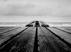 Les autoportraits en noir et blanc d'Arno Rafael Minkkinen   Arno ...