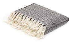 MONOQI | Herringbone Blanket - Blk/Wht