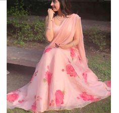 Latest Collection of Lehenga Choli Designs in the gallery. Lehenga Designs from India's Top Online Shopping Sites. Indian Gowns Dresses, Pakistani Dresses, Indian Sarees, Stylish Sarees, Stylish Dresses, Fashion Dresses, Women's Fashion, Fashion 2020, Korean Fashion