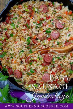 Easy Louisiana Sausage Jambalaya - a southern discourse Savoury Rice Recipe, Savory Rice, Louisiana Recipes, Cajun Recipes, Pork Dishes, Rice Dishes, Main Dishes, Sausage Jambalaya, 30 Min Meals