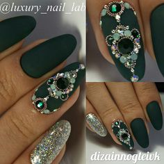 Swarovski Nails, Crystal Nails, Rhinestone Nails, Bling Nails, Nail Crystal Designs, Nail Designs, Gem Nails, Hair And Nails, Diamond Nail Art