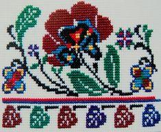 Cross Stitch Art, Cross Stitch Borders, Cross Stitch Flowers, Cross Stitching, Cross Stitch Patterns, Folk Embroidery, Embroidery Patterns Free, Beading Patterns, Cross Stitch Embroidery