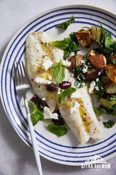 Rockfish Recipes, Halibut Recipes, Mint Recipes, Cod Recipes, Seafood Dishes, Fish And Seafood, Pacific Cod, Fresh Mint Leaves, Spinach And Cheese