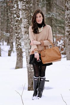 winter outfits preppy Go with the Snow - Classy Girls Wear Pearls Preppy Winter Outfits, Winter Fashion Outfits, Autumn Winter Fashion, Outfit Winter, Winter Style, Holiday Outfits, Fall Fashion, Hunter Boots Outfit, Fashion Moda