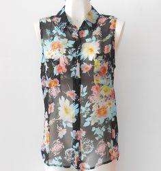 Una #blusa floreada con  #tendencias de #verano y #otoño