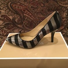 NEW MICHAEL KORS PUMPS New, in box, black and silver sequins pointy pumps. Super cute! Make an offer Michael Kors Shoes Heels