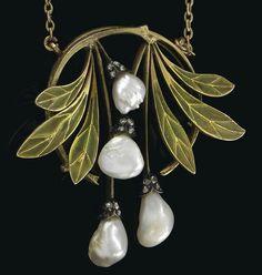 Art Nouveau Necklace, 1903.