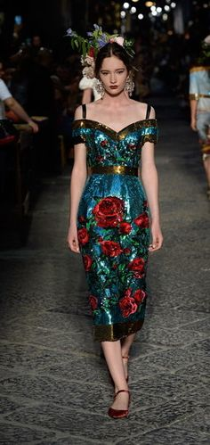 ◦◆*¤° Dolce & Gabbana Celebrate Sophia Loren and Naples with a Hugely Fun Alta Moda Experience ◦◆*¤°