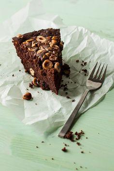 Nutella Hazelnut Skillet Cake from bella nutella