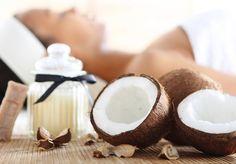 El aceite de coco ha sido algo común en los hogares asiáticos desde la antigüedad, y sus beneficios son excelente tanto para una piel y cabello brillantes.