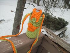 Getting Hooked: Stay hydrated! Crochet Water Bottle Carry Along