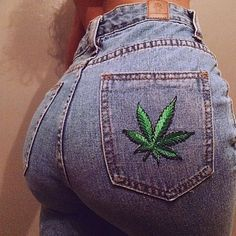 My church pants . Badass Aesthetic, Bad Girl Aesthetic, Aesthetic Clothes, Weed Girls, 420 Girls, Gangsta Girl, Stoner Style, Girl Outfits, Cute Outfits