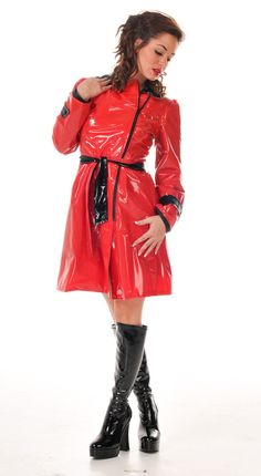 Are you nervously? yeth mam i am quivering in antisipation Red Raincoat, Vinyl Raincoat, Plastic Raincoat, Rain Fashion, Fashion Pants, Autumn Fashion Casual, Winter Fashion Outfits, Imper Pvc, Vinyls