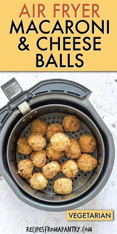 Make deliciously crunchy and gooey fried mac and cheese balls in your Air Fryer. All that's needed is just 3 ingredients to make this healthier version of the ultimate game day snack! Air fried mac an Air Fryer Recipes Wings, Air Fryer Recipes Appetizers, Air Fryer Recipes Vegetables, Air Fryer Recipes Snacks, Air Fryer Recipes Vegetarian, Air Fryer Recipes Low Carb, Air Fryer Recipes Breakfast, Air Fry Recipes, Air Fryer Dinner Recipes