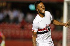 Rogério Ceni falha, mas São Paulo vence o Emelec  - http://metropolitanafm.uol.com.br/novidades/esportes/rogerio-ceni-falha-mas-sao-paulo-vence-o-emelec